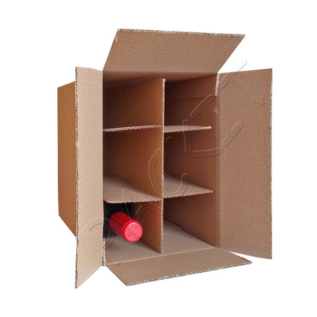 Wine box with divider